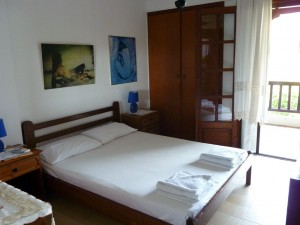 Maisonette Villa Oasis master bedroomlkidiki