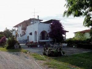 villa-oasis-garden-10