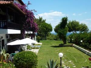 villa-oasis-garden-25