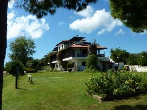 villa-oasis-garden-27