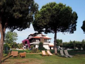 villa-oasis-garden-9