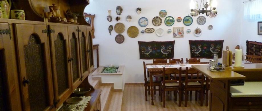 Maisonette Villa Oasis dining room