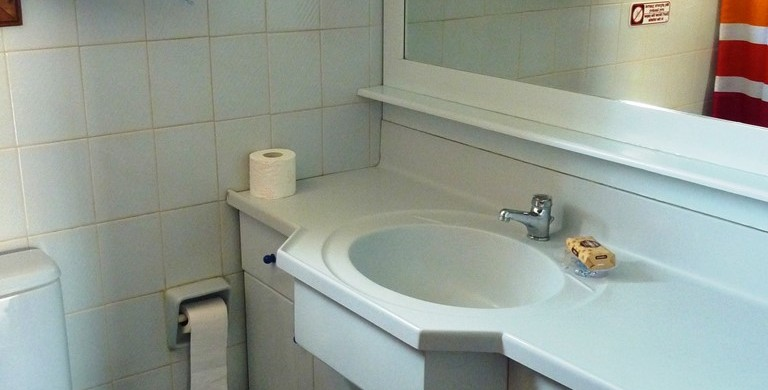 Maisonette Villa Oasis bathroom